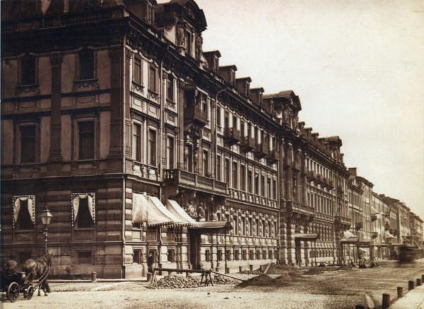 Конногвардейский бульвар, дом Гинцбурга,1870