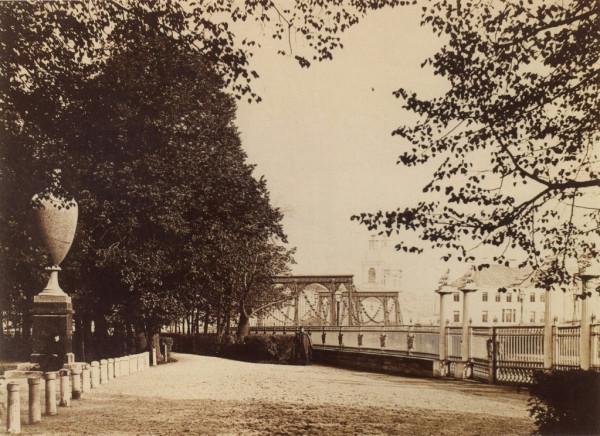 Летний сад, вид на Цепной мост,до 1872