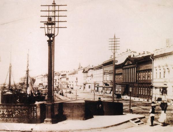 Николаевский мост и вид на Английскую набережную,1880