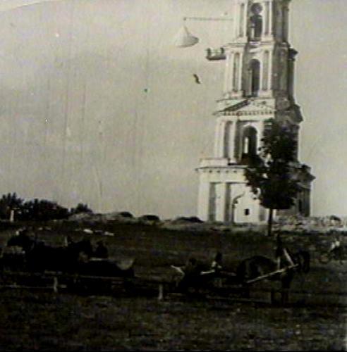 прыжки с парашютом на колокольне