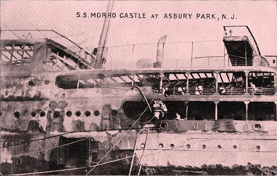 Morro Castle после пожара на берегу Asbury park