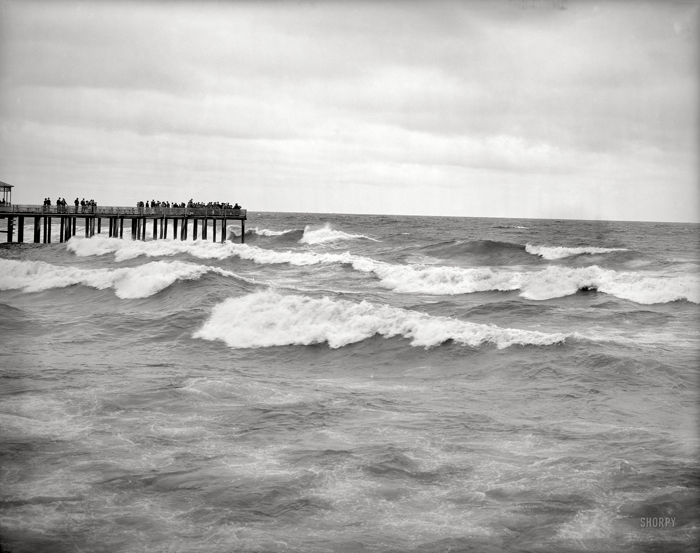 A windy day on the pier