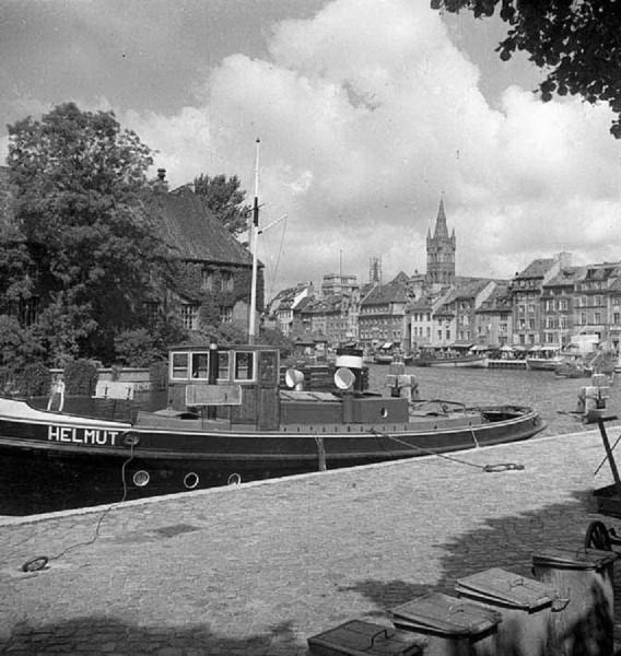 У реки в Кенигсберге