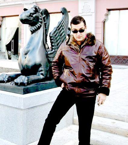 Tigran Urikhanyan, Տիգրան Ուրիխանյան