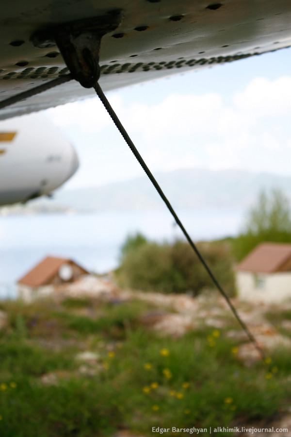 Як-40 на привязи