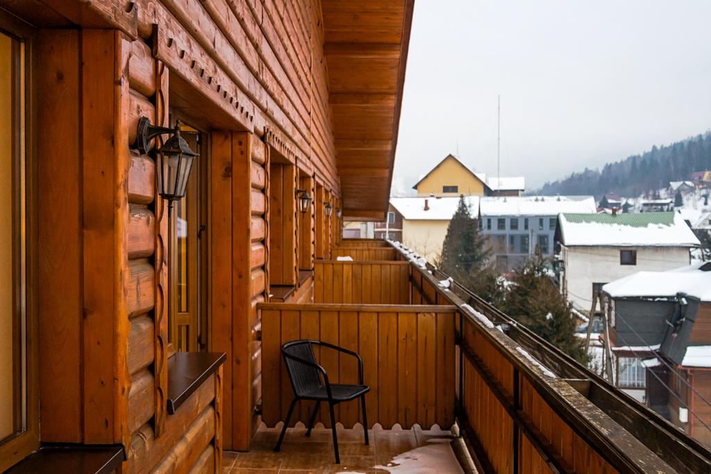 Вид с балкона в Goral Hotel & SPA
