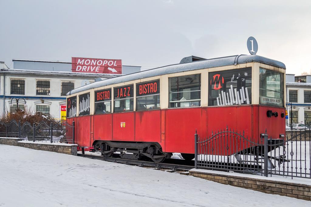 Кафе Джазз-бистро в вагоне трамвая в Польше
