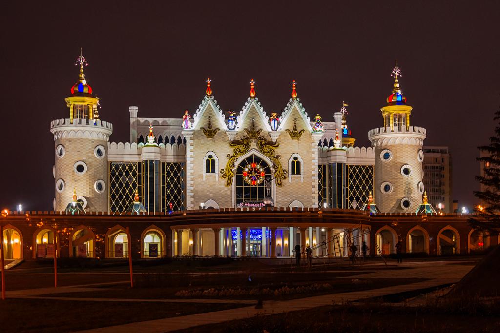 театр кукол Экият в Казань, ночная фотография и ночной вид