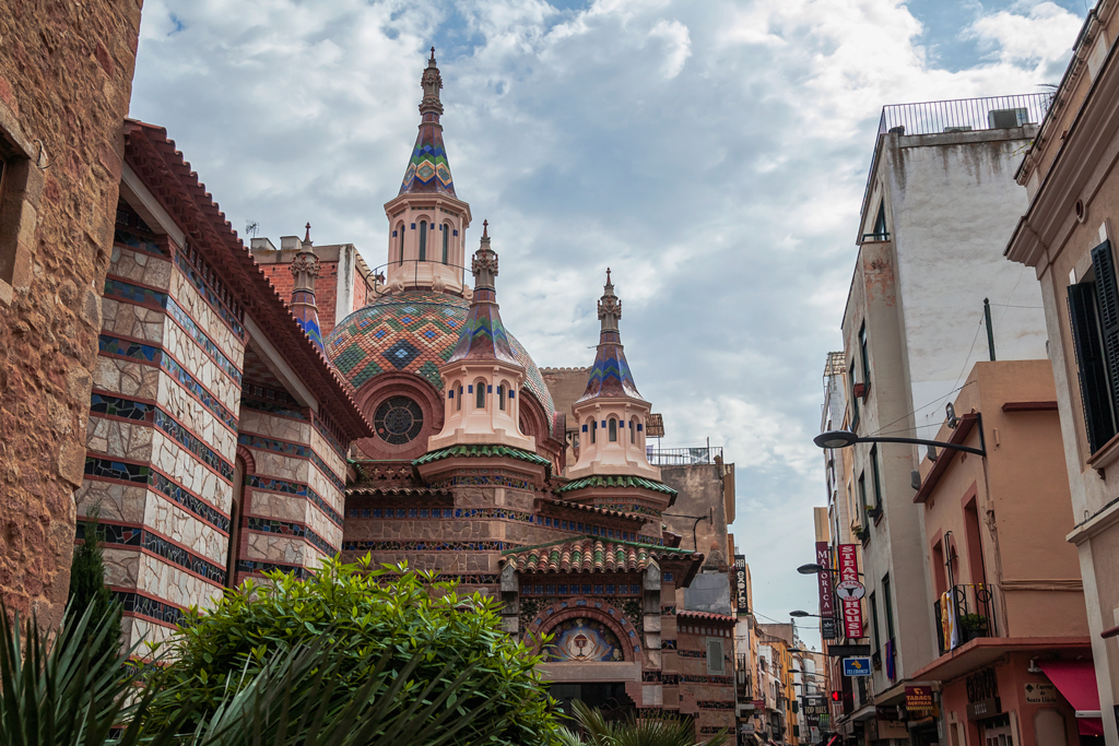 Главный храм Санта Рома в Льорет Де Мар. Lloret De Mar