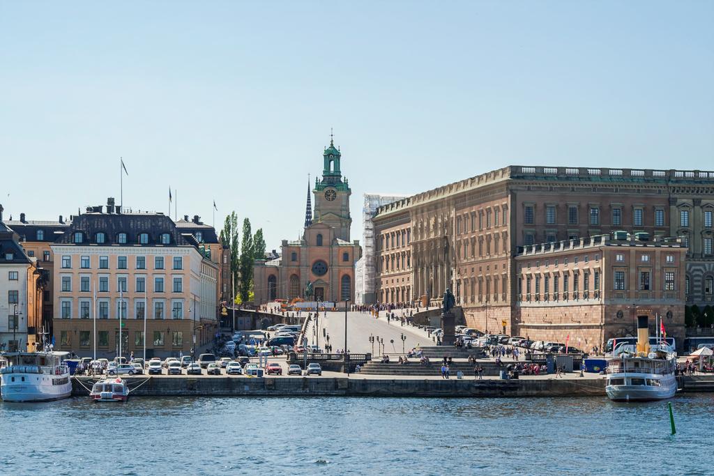 Что делать, если тебя похоронили? просто, города, только, Стокгольм, историю, который, Хельсинки, правда, Астрид, самый, других, социальных, сетях, места, видать, крыше, титул, Северная, Венеция, материал