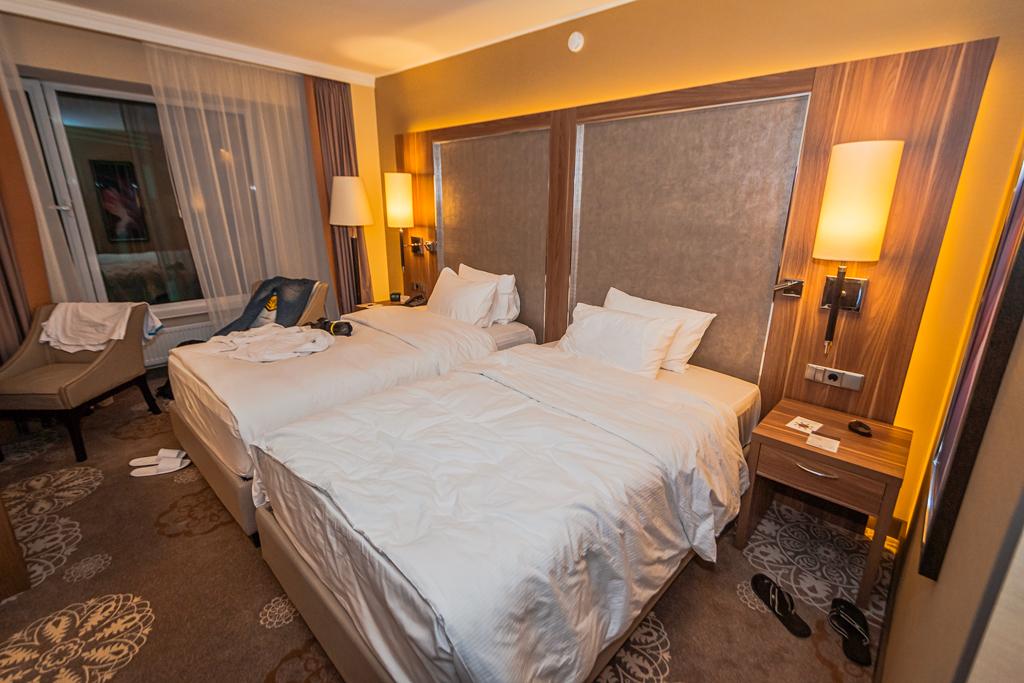 Номер в отеле Double Tree by Hilton в Тюмени в хорошем качестве и отзыв