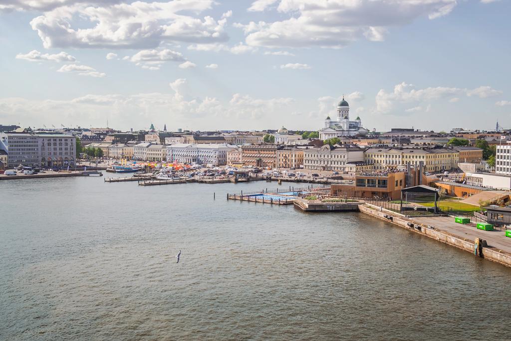 Вид на рыночную площадь Хельсинки с высоты
