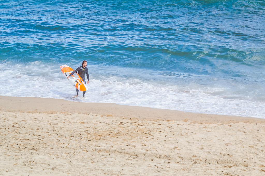 серферы в Барселонете