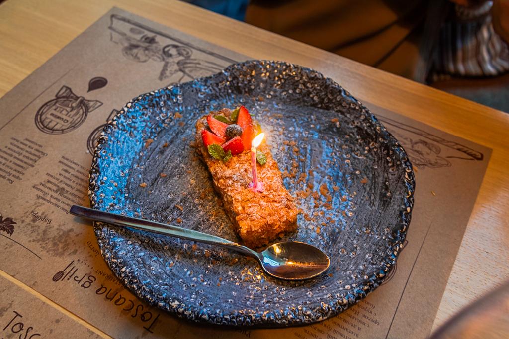 Подарок на День Рождения в ресторане Тоскана Гриль в Санкт-Петербурге