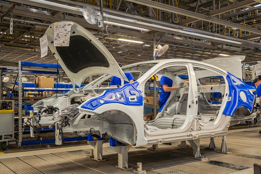 Экскурсия по заводу Hyundai в Санкт-Петербурге