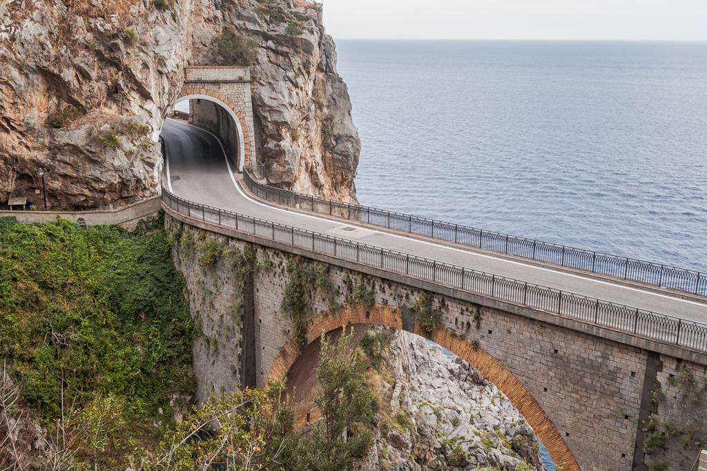 Фьорд ди Фуроре в Италии на Амальфитанском побережье