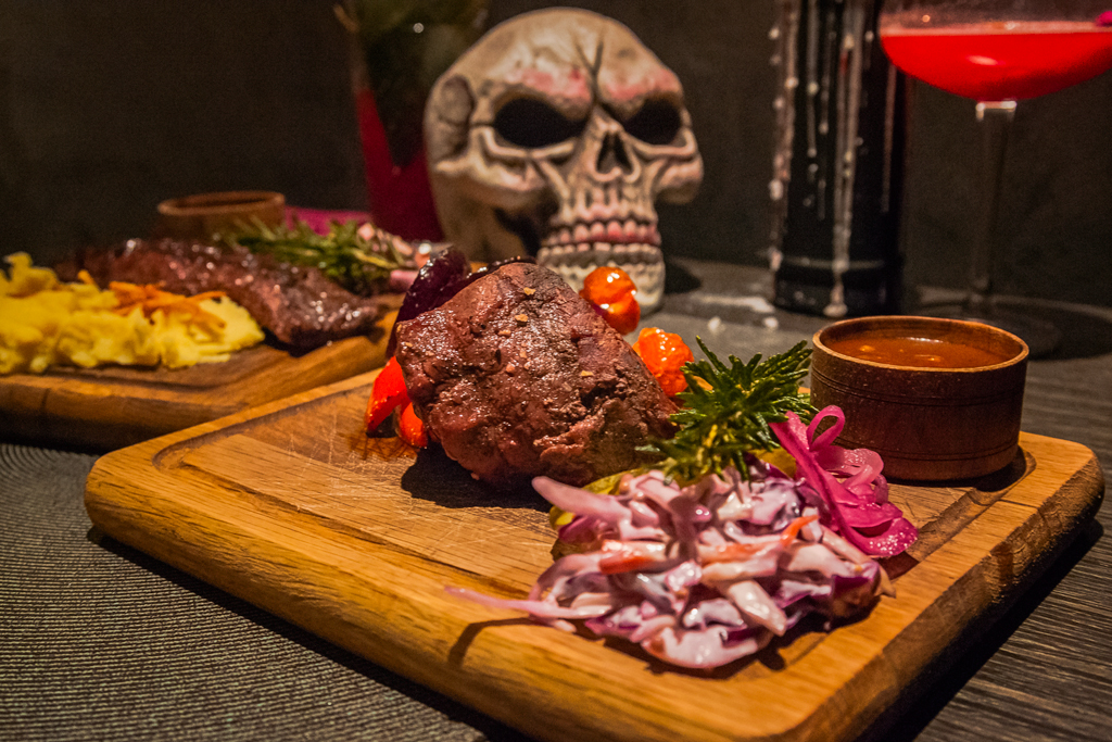 Стейк баре Bloody Mary Bar & Grill