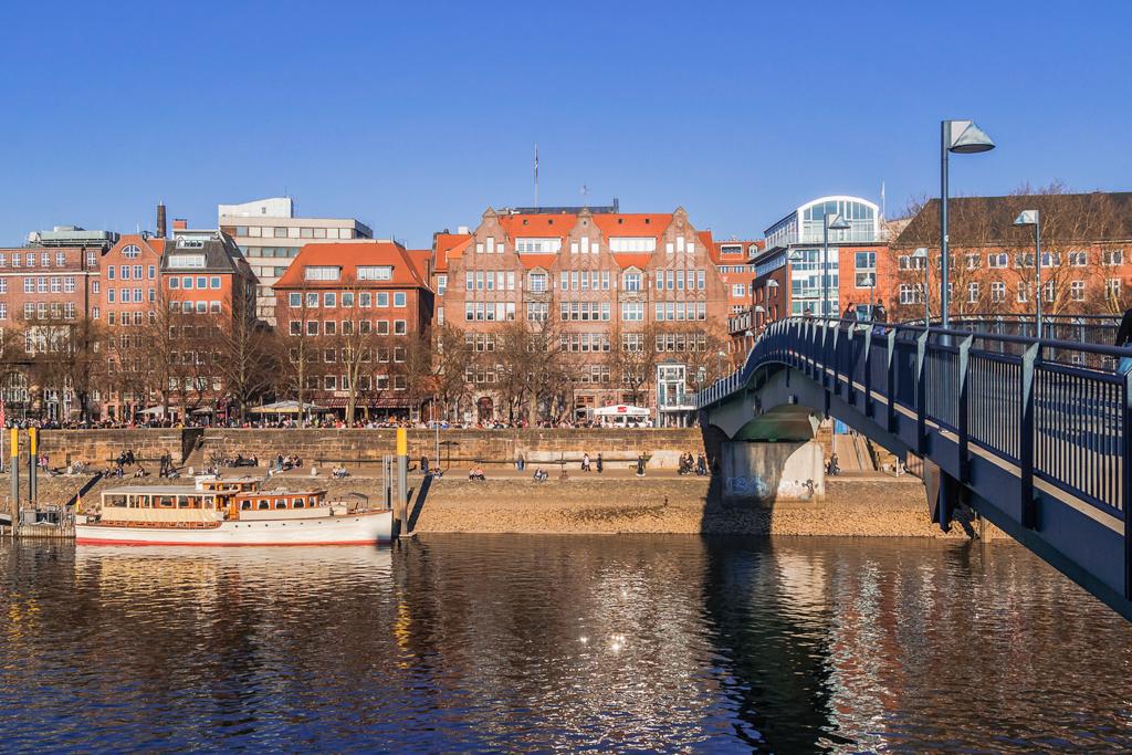 Набережная Шляхте (Schlahcte) и Теерхов (Teerhof) в Бремене. История, интересные факты, экскурсия: alkopona