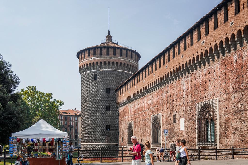 крепость Сфорца в Милане