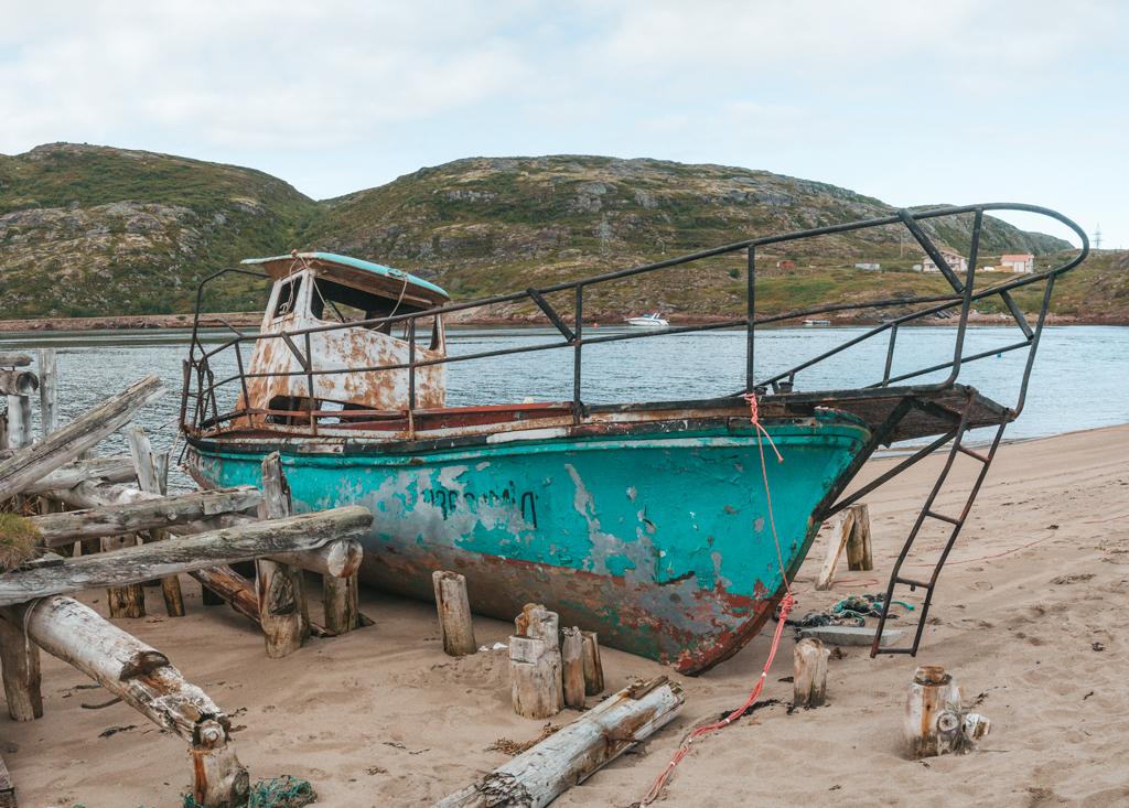 Заброшенный корабль в Терибекрке