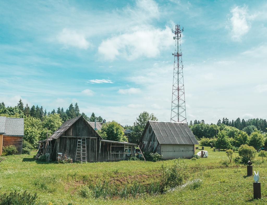 Как такое пространство могло появиться в обычной деревне?: alkopona — LiveJournal