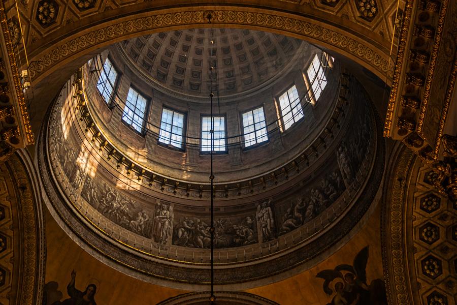 Свод казанского собора. Купол. Изнутри