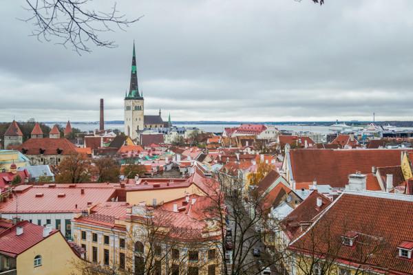 Отзыв об отеле Park Inn by Radisson Central Tallinn, где жить в Таллине? Идите сауну и cafe Kompass!