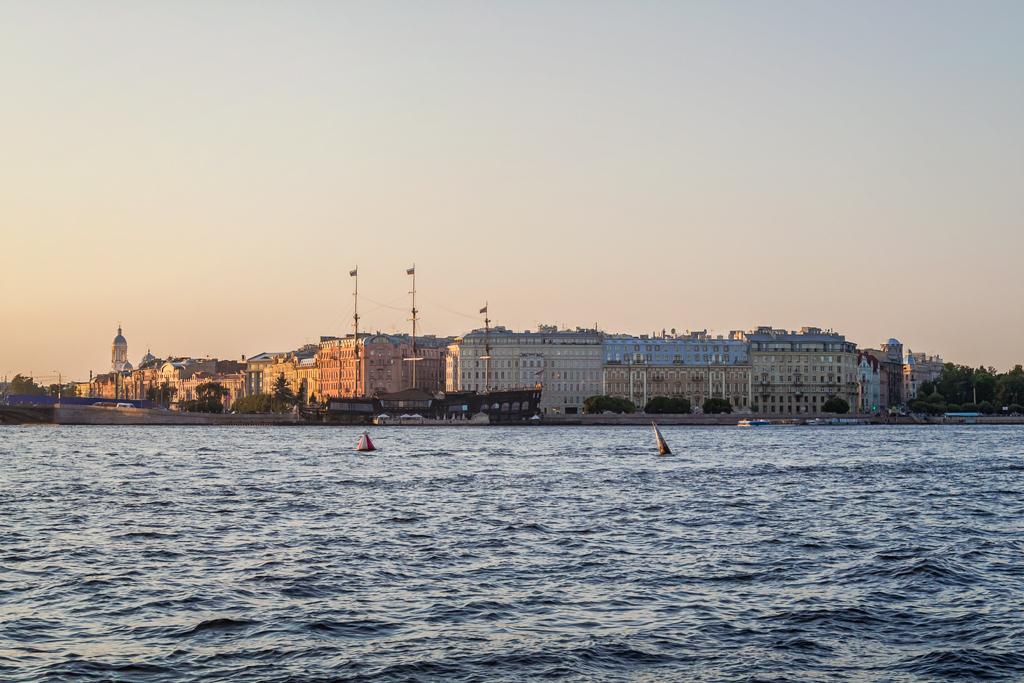 Чего так не хватает Петербургу?