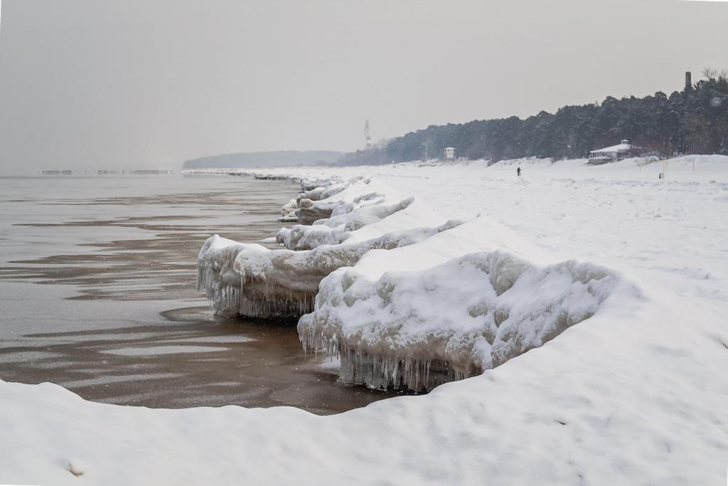 Зимний пляж в Нарва-есуу