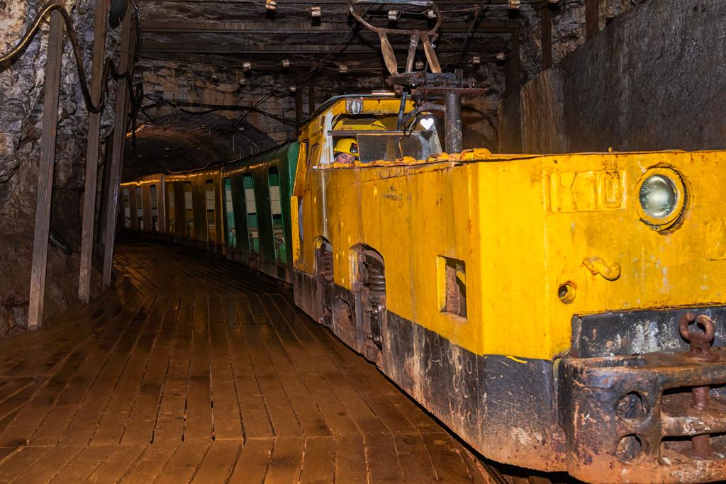 Музей шахта в Эстонии, шахтерский паровозик