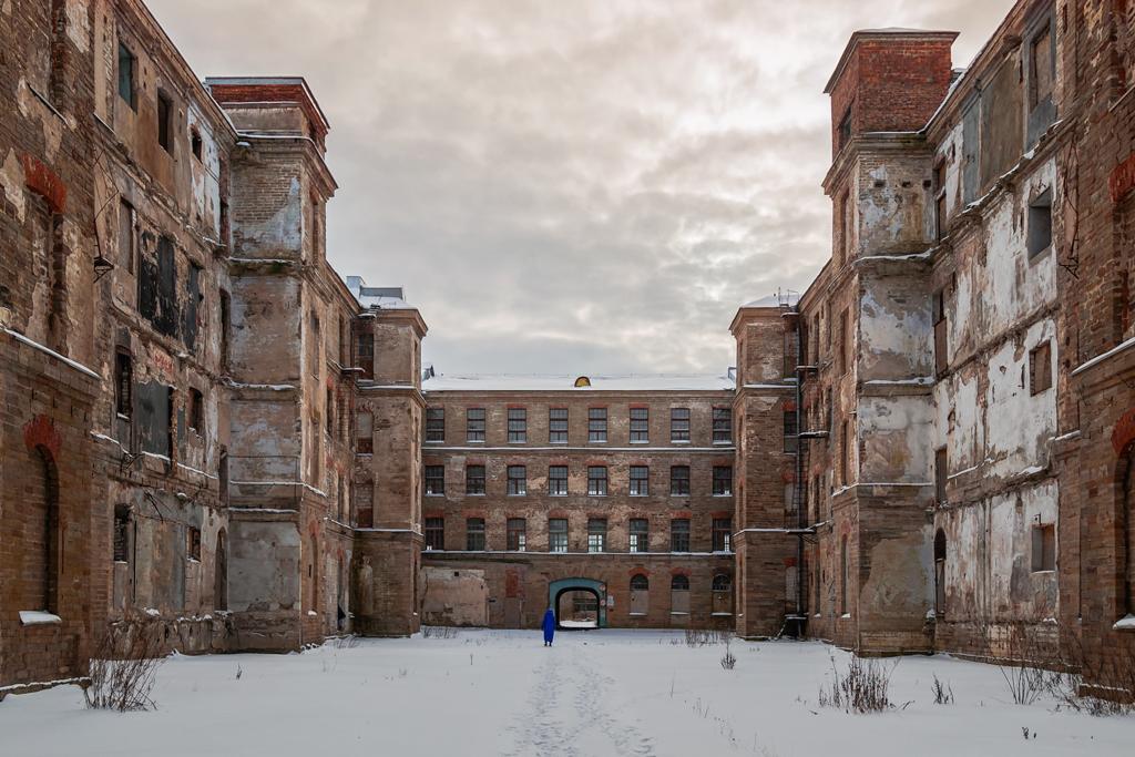 Корпуса заброшенного промышленного комплекса Кренгольм