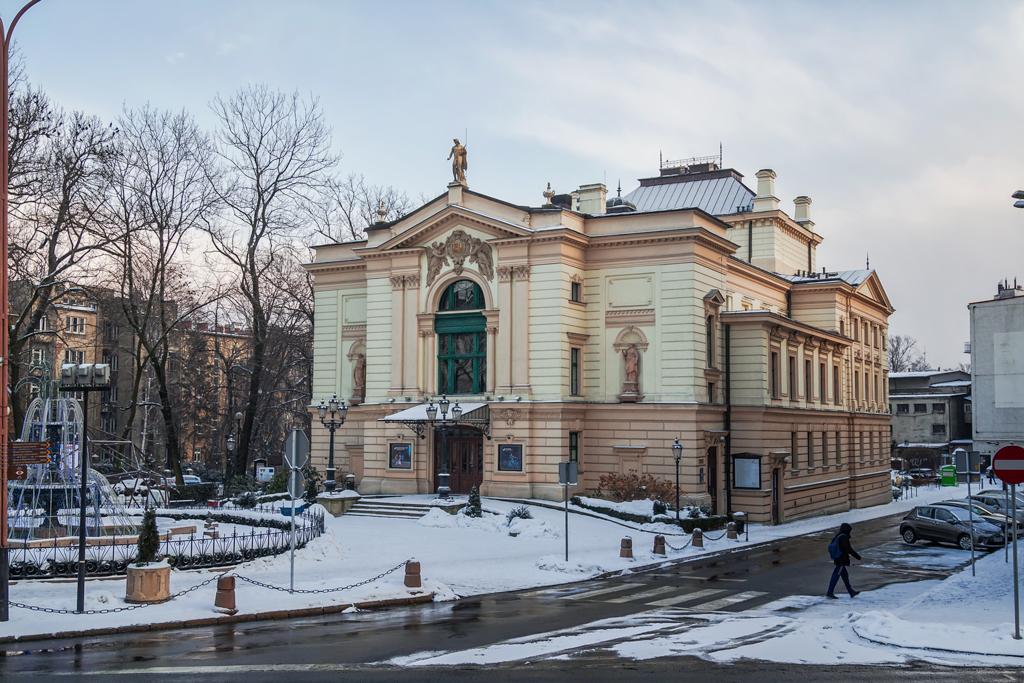 Театр в Бельско-Бяла, Польша