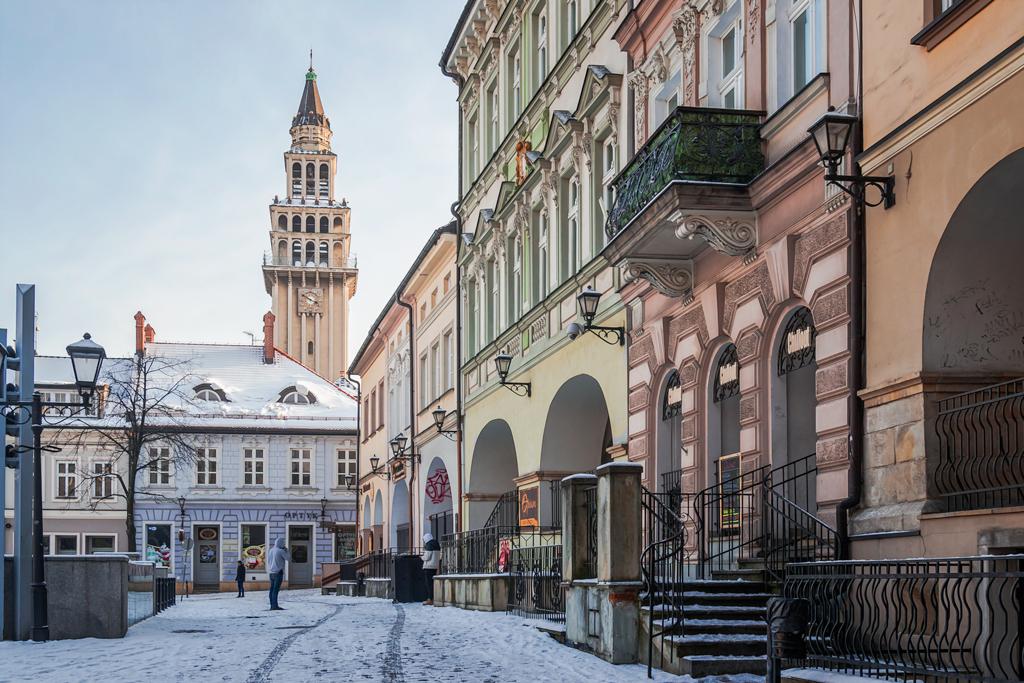Ратушная площадь в городе Бельско-Бяла, Польша