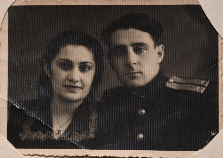 Мария Стрельцина с мужем Стрельциным Яковом Зеликовичем_Могилев_1950-е