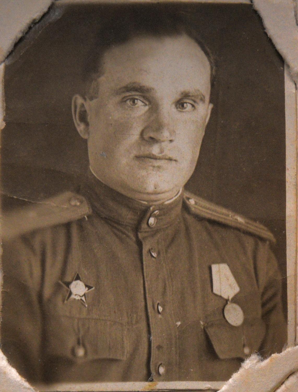 Михаил Шуб, брат отца Марии Стрельциной_середина 1940-х