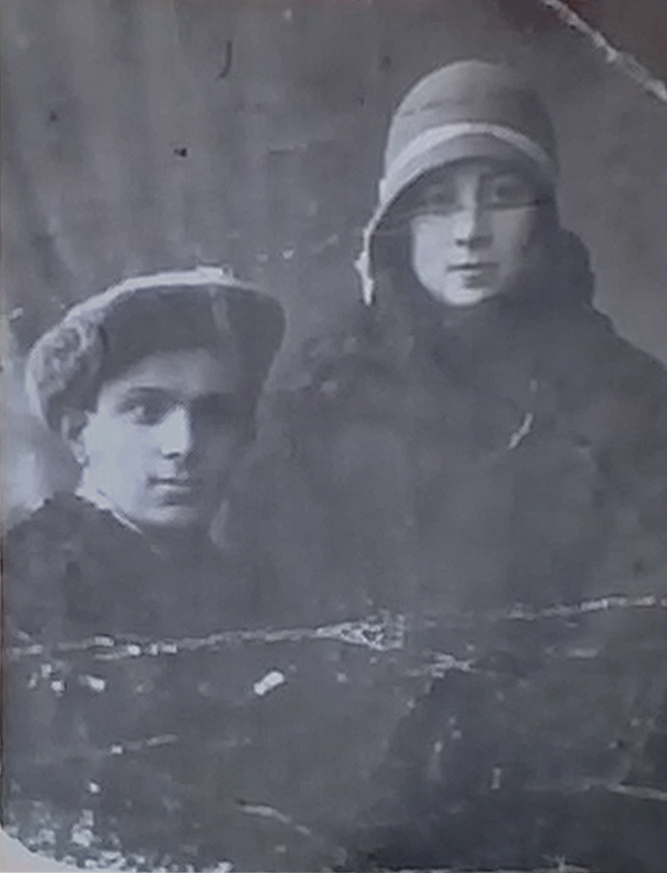Маша Израилевна Каликина (Лесова) и Израиль Лейбович Каликин, родители Давида Каликина_Могилев_1934-1936 гг