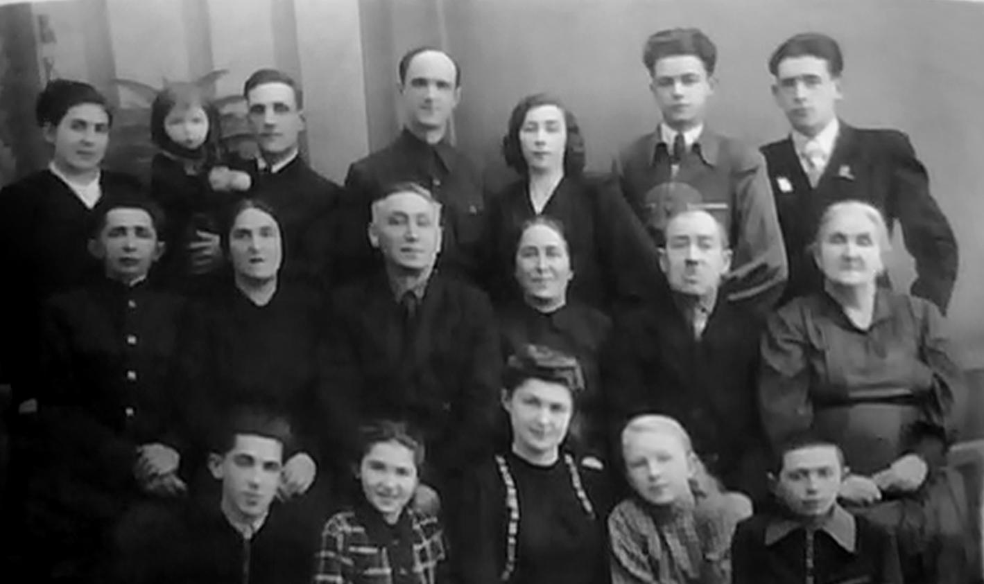 Семья Каликиных_Лесовых_Могилев_1950