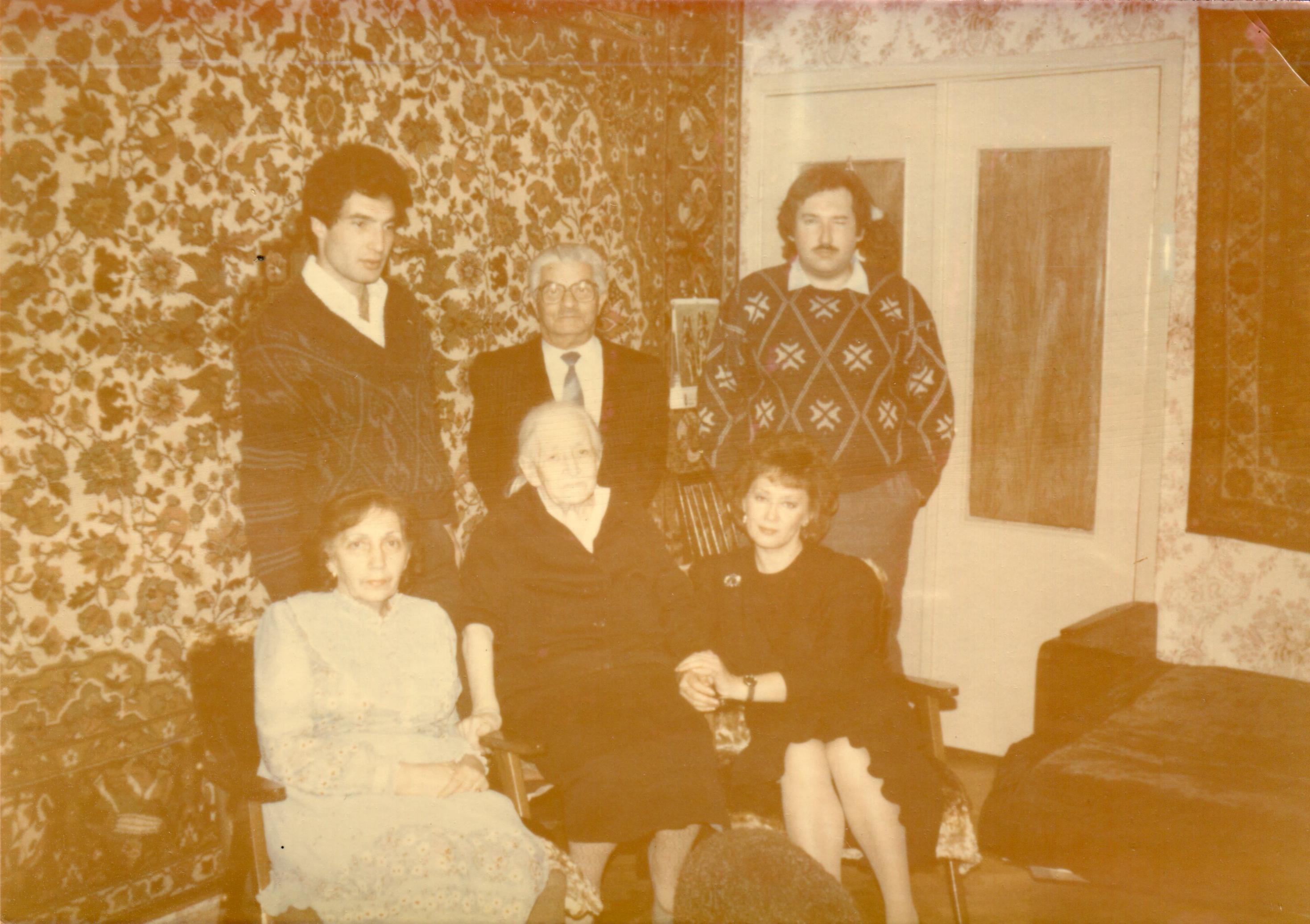Ida, Sofa, Leva, Sasha, Galina, Volodia001