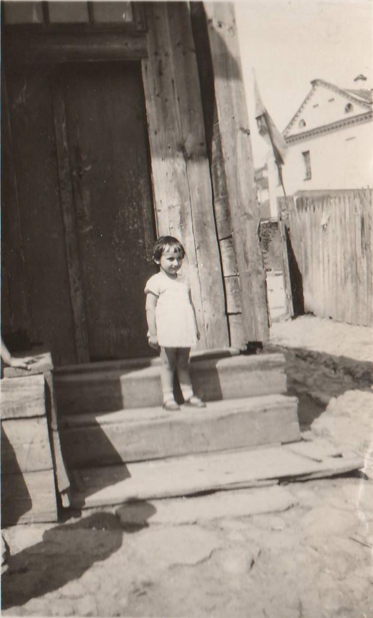 1930 Mom