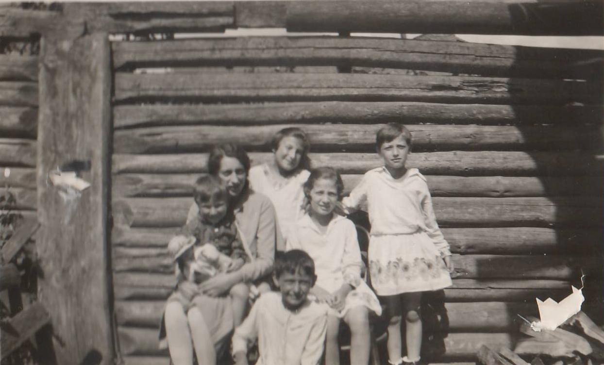 1930 Riva-children