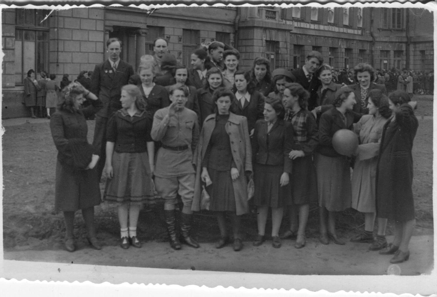2nd Med May 1 1946001