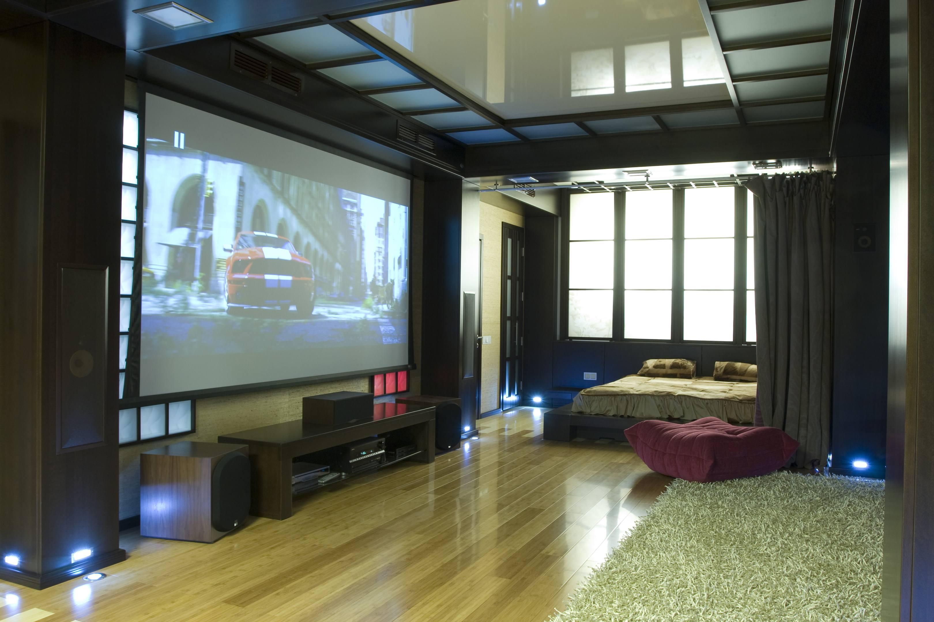 Экран кинотеатра