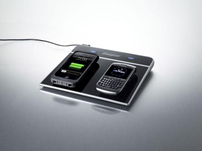 BlackBerry-Energizer-Qi-660x494