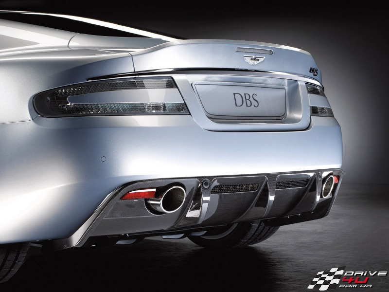Aston_Martin_DBS_2008_rear_diffusorx800x600