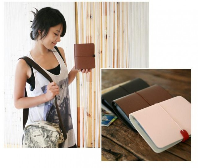 12.3 x 15cm (width x height) Available colors: dark brown, brown,