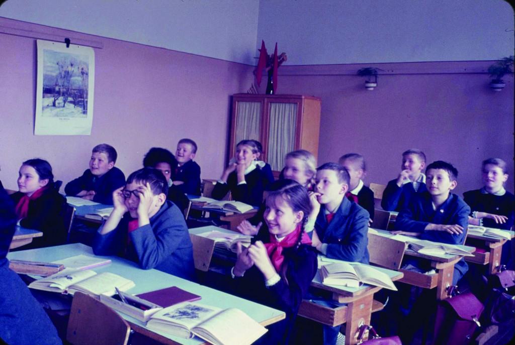 5.RussianSchoolRoomPhoto