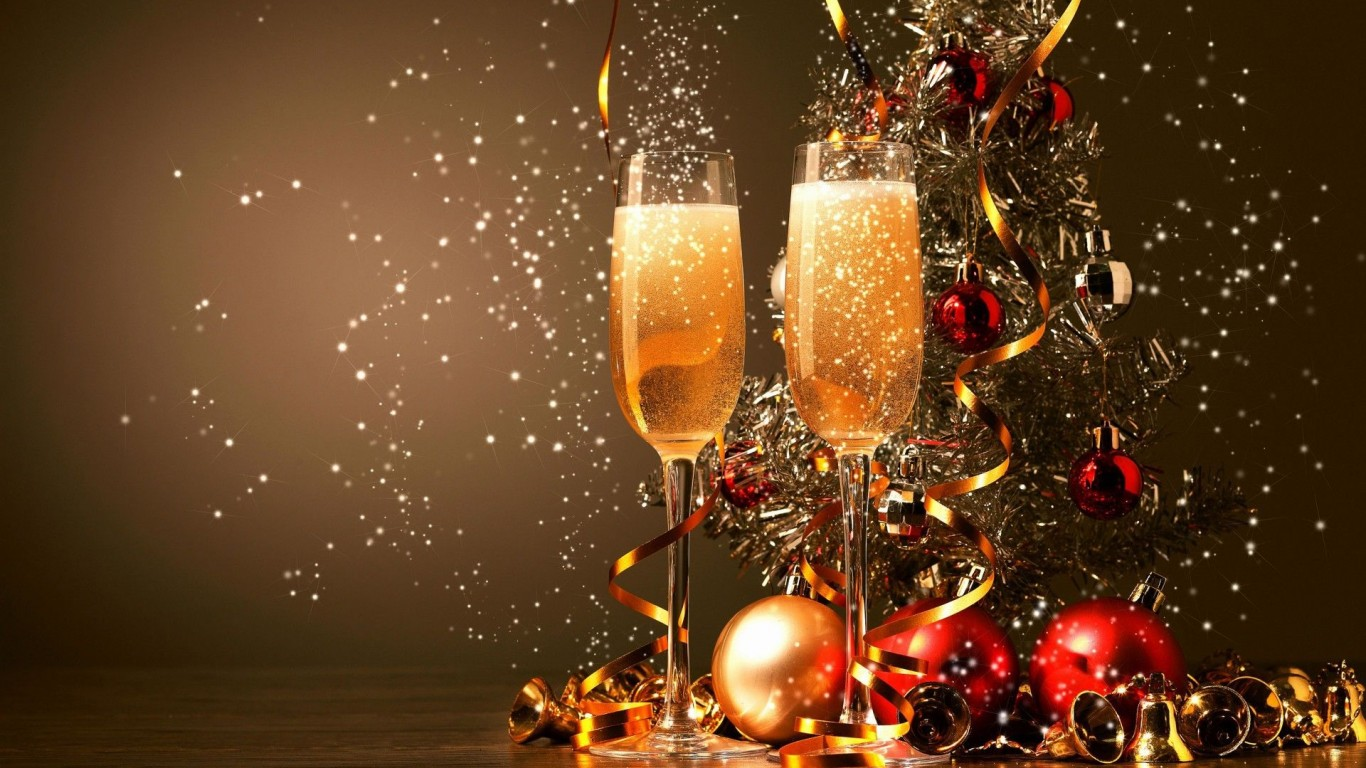 New-Year-Champagne-768x1366