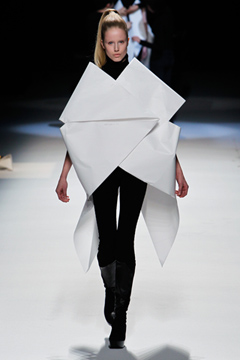 This Is An Amazing Origami Like Clothes