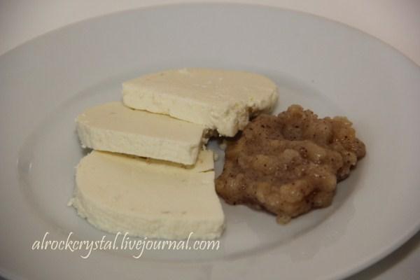 Адыгейский сыр. Джем из груш с маком (Копировать)