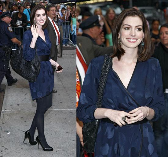Anne-Hathaway-Black-Ferragamo-Bag